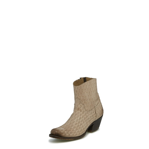 Image for LINEN ARROW boot; Style# VF6035