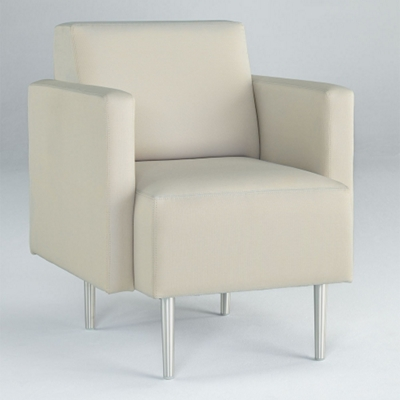 Beau Club Chair In Vinyl, 75311
