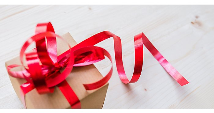 Office Gift Giving Etiquette during the Holidays
