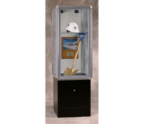 "24"" Wide Lighted Chrome Tower Case with Base, 31572"
