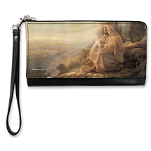 Get that Weekend Getaway Feeling Every Day with This Stylish Wristlet
